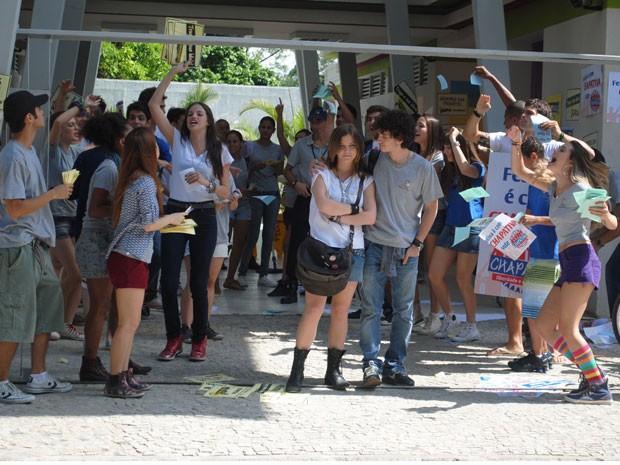 A disputa pelo grêmio do Quadrante mobiliza todos os alunos (Foto: Malhação / Tv Globo)