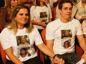 Filhos de Fátima Lopes se emocionaram com a prisão preventiva do réu no caso em João Pessoa (Foto: Jorge Machado/G1)