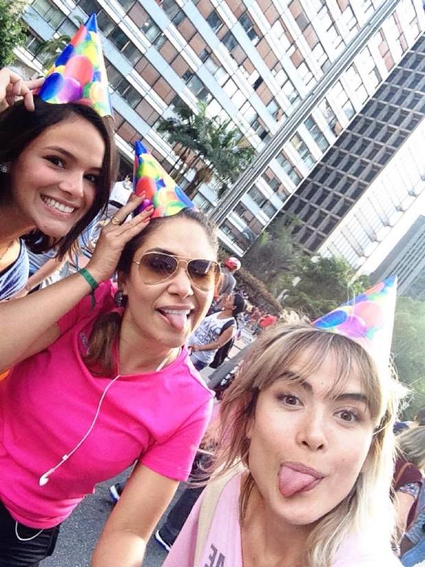 Bruna Marquezine, Jakeline Leal e Maria Casadevall (Foto: Instagram / Reprodução)