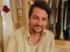 Marcelo Serrado vira galanteador em Tapas e Beijos e leva a pior