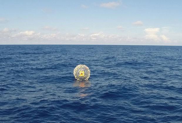 Homem  tentou ir da costa do estado da Flórida até as Bermudas (Foto: US Coast Guard / PO3 Mark Bar/AFP)