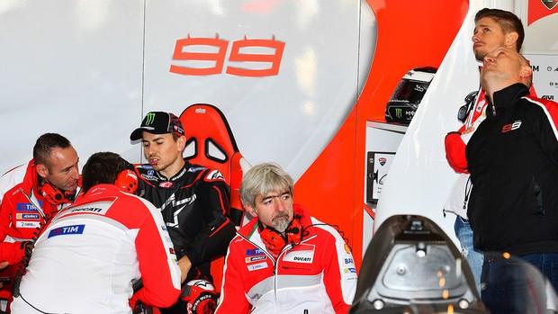 """BLOG: MM Artigos Imperdíveis - """"Projeto Lorenzo - o maior desafio da história da Ducati"""" - de Manuel Pecino para sportrider.com..."""