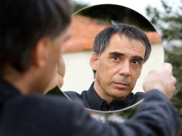 Arnaldo Antunes apresenta o show 'Dois Violões' na abertura do Curta-SE (Foto: Rafael Canãs/Divulgação)