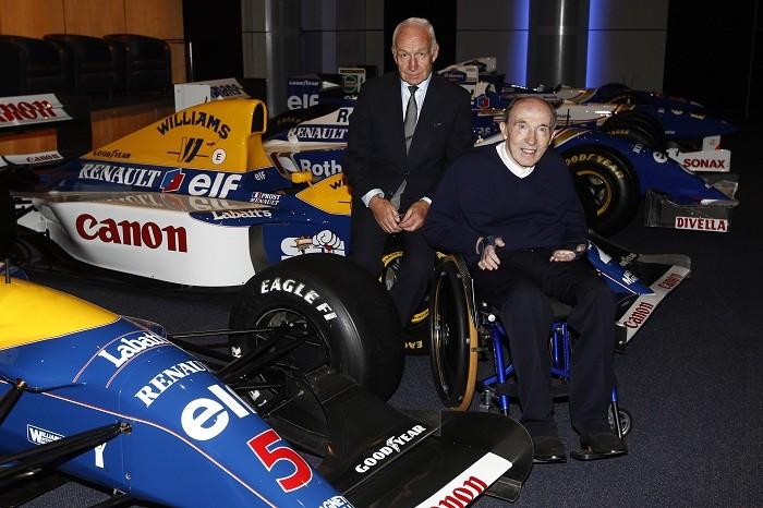 Frank Williams com carros históricos da Williams no ano de 2011