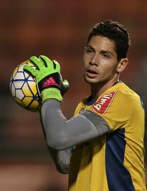 Lucas França faz sua estreia pelo Cruzeiro contra o Corinthians  (Foto: Marcello Zambrana/Light Press)