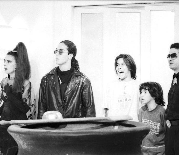 Patricya Travassos, Flávio Silvino, André Gonçalves, Igor Lage e Otávio Augusto em cena de 'Vamp' (Foto: CEDOC / TV Globo)