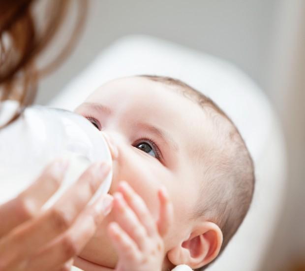 Amamentação: comprar leite humano pela internet é seguro? (Foto: Thinkstock)