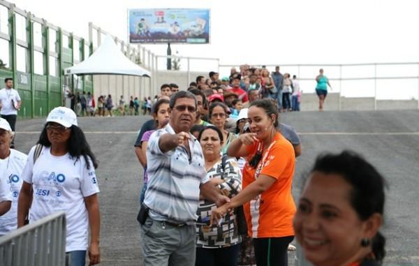A fila começou a ser formada às 19h da sexta-feira (Foto: Reprodução/ Sistema Fiemt)