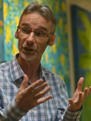 Dave Barker-Plummer, professor da Universidade Stanford (Foto: Divulgação/Piero Ragazzi/Ensinart Editora)