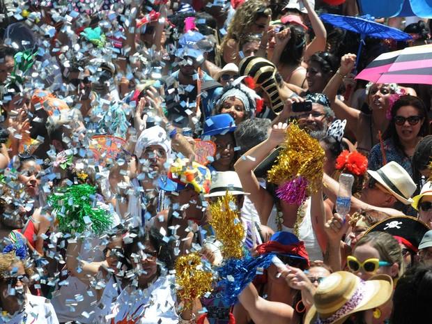Bloco Fogo e Paixão faz a festa no Centro do Rio (Foto: Alexandre Durão/G1)