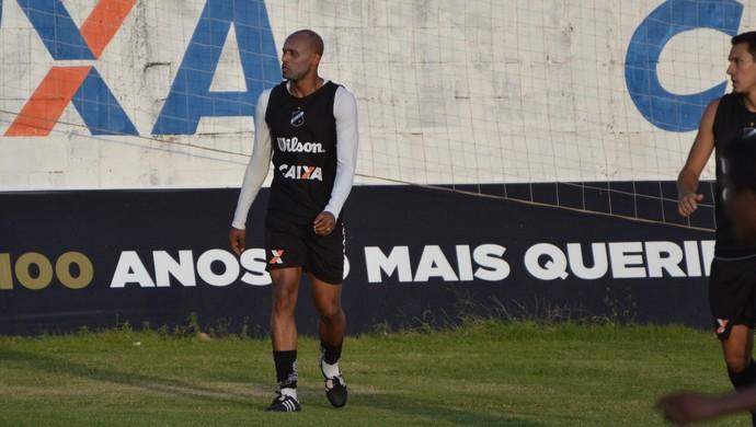 Luizão, zagueiro do ABC (Foto: Jocaff Souza/GloboEsporte.com)