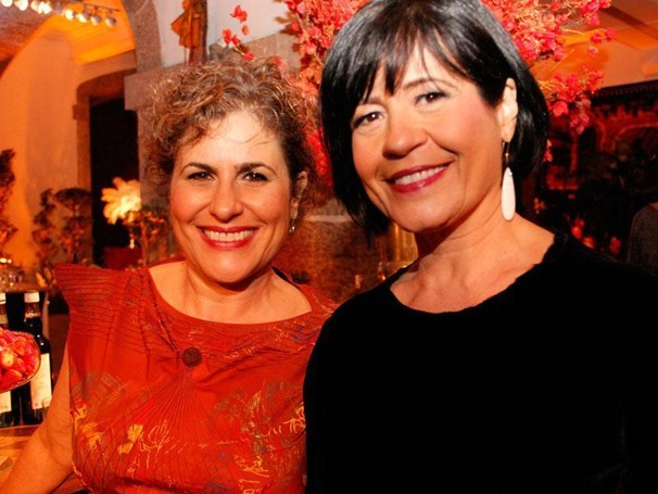 Duca Rachid e Thelma Guedes contam a história da novela que estreia no dia 16 de setembro (Foto: Miriam Paço/Globo)
