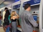 Falhas e saque não permitido marcam 1º dia de pagamento do FGTS no AP