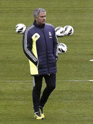 josé mourinho real madrid treino (Foto: Agência EFE)