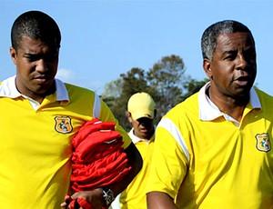 andrade marcelo salles brasiliense treino (Foto: Divulgação / Site Oficial do Brasiliense)