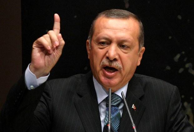 Erdogan fala em Ancara durante uma reunião do Partido da Justiça e do Desenvolvimento (AKP) (Foto: Adem Altan/AFP)