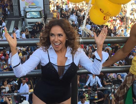 """A cantora baiana também defendeu a aprovação de um projeto de lei para criminalizar a homofobia. """"Muita gente morre. Precisamos avançar""""  (Foto: Luís Lima)"""