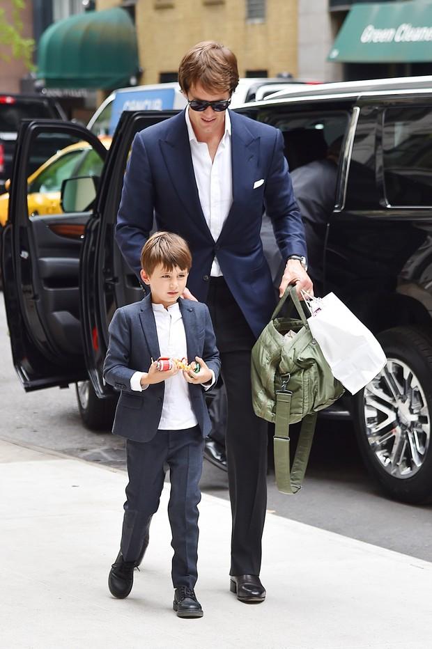 Tom Brady com o filho  (Foto: AKM-GSI)