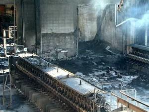 9cb5afa33 Tecelagem destruída pelo fogo em Nova Odessa (Foto: Erlin Schmidt/EPTV)