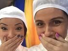 Giovanna Antonelli e Carol Nakamura posam de toucas: 'Lindas, só que não'