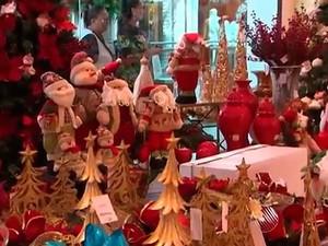 Decoração de Natal em loja de Salvador este ano (Foto: Imagens/ Tv Bahia)