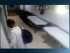 Ladrão se disfarça de médico, entra em hospital e pratica furto; veja vídeo