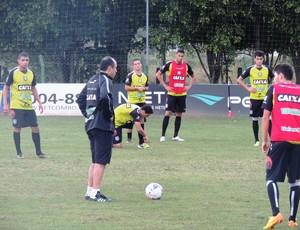 Vinícius Eutrópio Figueirense CFT (Foto: Marcelo Silva)