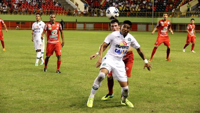 Com a vitória por dois gols de diferença no Acre, Chapecoensa elimina o jogo de volta e agora aguarda o vencedor do duelo entre Parnahyba e Ceará (Foto: João Paulo Maia)