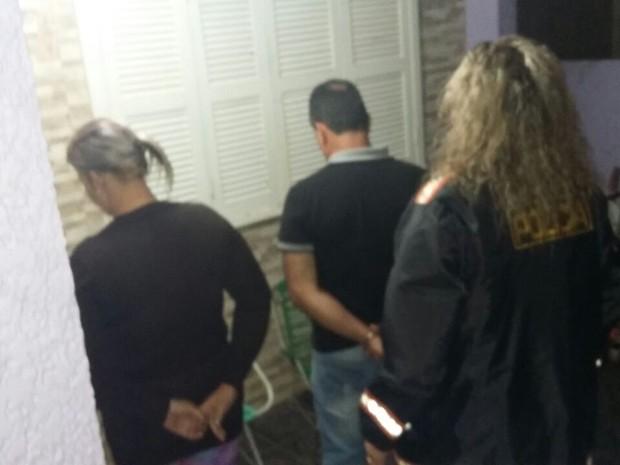 Casal foi preso pela polícia na ação para desarticular a quadrilha (Foto: Polícia Civil/Divulgação)