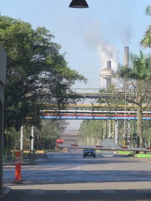 Fornos da Usiminas, em Cubatão (Foto: Mariane Rossi/G1)