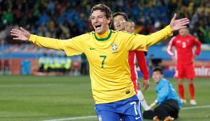 Elano gol Brasil Coreia do Norte (Foto: Reuters)