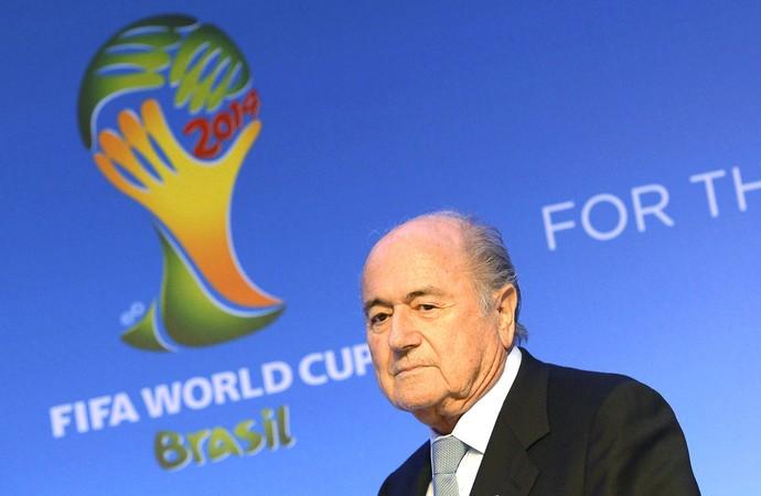 Blatter Sorteio da copa do mundo (Foto: EFE)