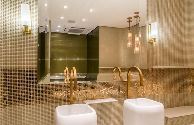 G1  Rua Oscar Freire ganha banheiros públicos de luxo  notícias em São Paulo -> Banheiro Publico Decorado