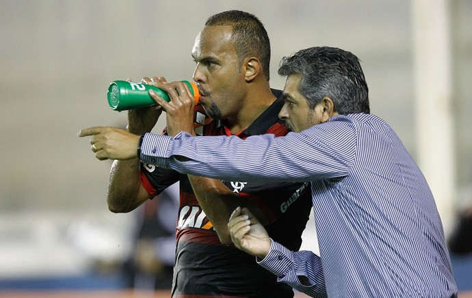 ney franco alecsandro flamengo x atletico-pr (Foto: Getty Images)