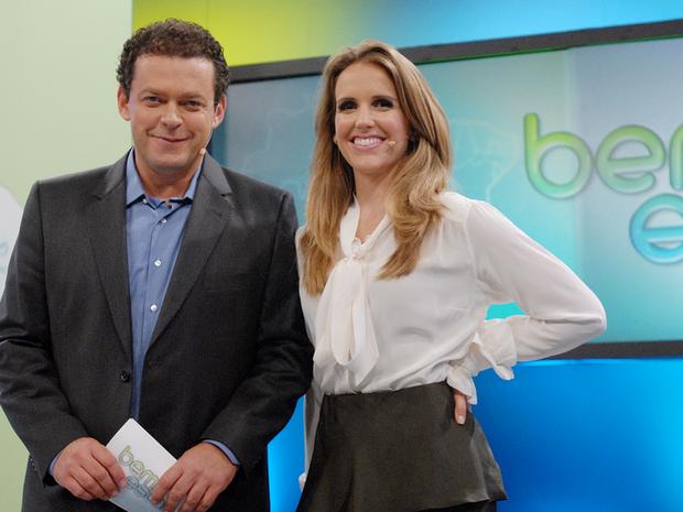 Fernando Rocha e Mariana Ferro no comando do 'Bem Estar' (Foto: Reproduo TV Globo)