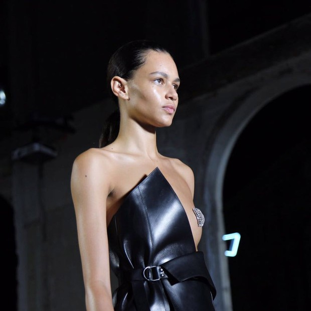 YSL (Foto: Fashiontomax)
