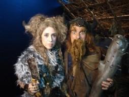 """Foto (Foto: Fernanda Torres e Evandro Mesquita estão caracterizados como vikings para """"Bicho homem"""")"""