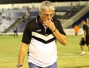 Sérgio Cosme, técnico do Treze (Foto: Leonardo Silva / Jornal da Paraíba)