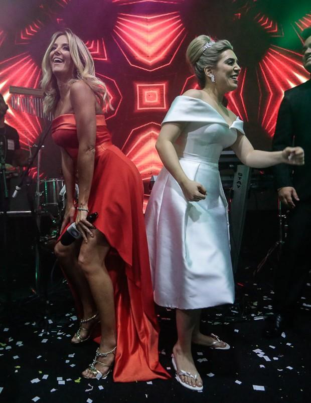 Ticiane Pinheiro e Naiara Azevedo (Foto: Rafael Cusato/Brazil News)