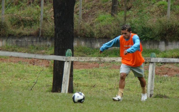 Léo Jaime Bragantino treino (Foto: Divulgação)