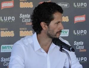 rodrigo lasmar, médico do atlético-mg (Foto: Léo Simonini)