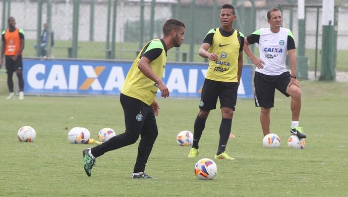 Rodolfo meia Coritiba (Foto: Divulgação Coritiba)