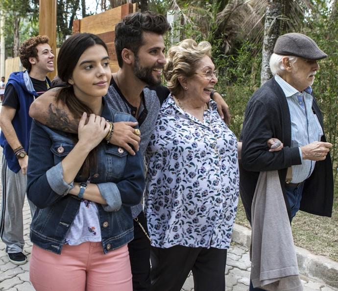 Mario é parte da família italiana da trama, assim como os personagens de João Côrtes, Giovanna Lancellotti, Aracy Balabanian e Francisco Cuoco (Foto: Ellen Soares/Gshow)