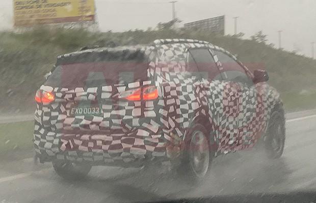 Chevrolet Equinox flagrado em testes no Brasil (Foto: Henrique Viel/Autoesporte)