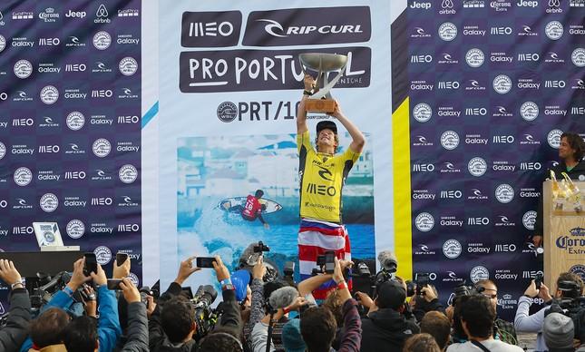 John John Florence conquista o título mundial de surfe