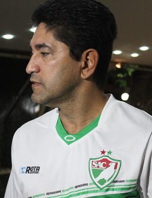 Sérgio China - técnico do SAlgueiro (Foto: Emanuele Madeira - GLOBOESPORTE.COM)