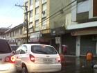 Temporal destelha casas e deixa clientes sem luz em cidades do RS