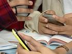 Lei que proíbe uso de celulares nas escolas públicas do AC é sancionada