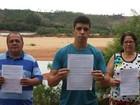Famílias esperam por indenizações (Raquel Lopes/ A Gazeta)