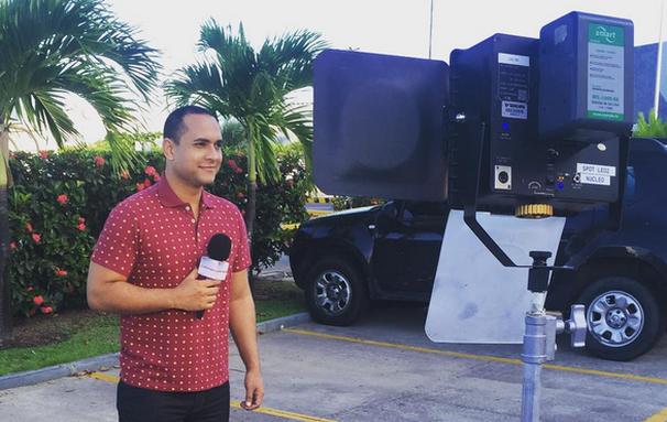 O apresentador do Combinado conta que sempre quis trabalhar com TV e com entretenimento (Foto: Divulgação/TV Sergipe)